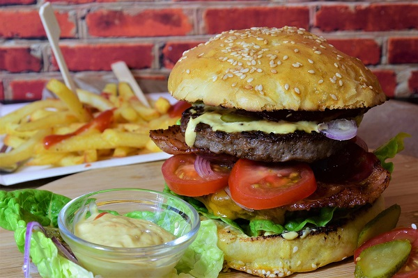 Overeating Doesn't Cause Obesity, it's Food Choices